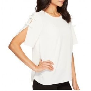 CeCe Off White Short Sleeve Blouse XS NWT